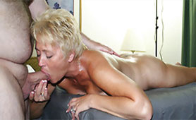 Granny Swallows Dick with Full Capacity of her Deepthroat