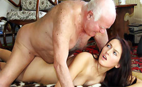 Cunning Old Man Offered Shelter for Poor Girl but his Motives were Very Wicked